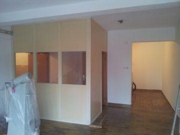 Izdajem poslovni prostor 60 i 20 kvadrata, Banja Luka
